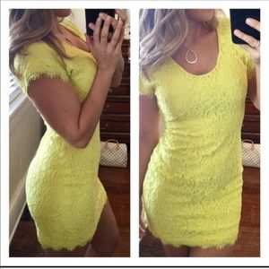 DVF yellow lace zip up dress 6